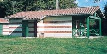 Sur le Parc touristique de la chêneraie agréable location pour touristes ou curistes - Gabarret