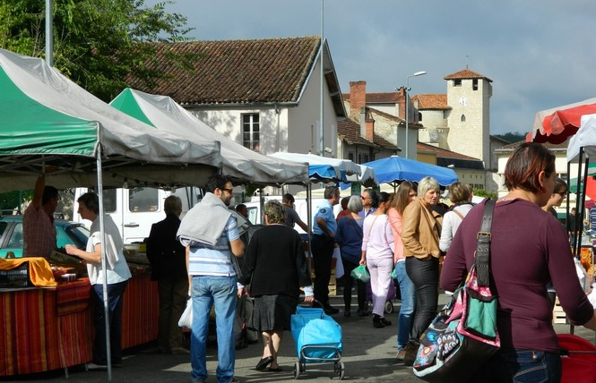 Marché traditionnel de Roquefort 1 - Roquefort